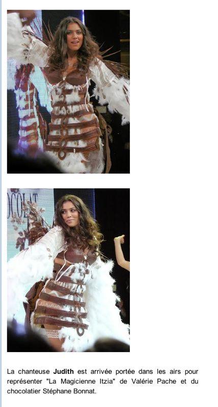 Presse Salon du chocolat - La chanteuse Judith- création robe Itza Valérie Pache- Chocolatier Stéphane Bonnat